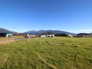 Close to Lake Te Anau - Te Anau