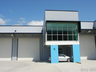 Brand new A-Grade Eagle farm Facility with Access and Exposure - Eagle Farm