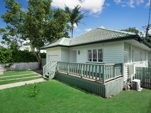 CHARACTER COTTAGE WITHOUT THE PRICE TAG - Graceville