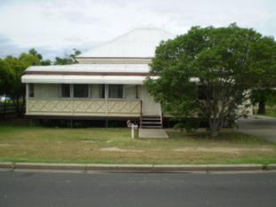 Partially Furnished Unit In The Heart Of Town - Goondiwindi