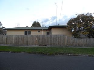 PET FRIENDLY 3 BR FAMILY HOME - Morwell