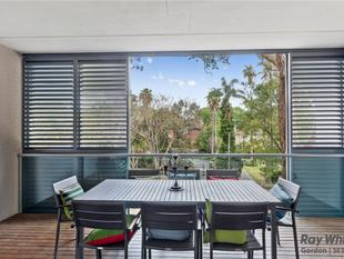 Spacious 2 bedroom Apartment - Walk to Rail - Killara