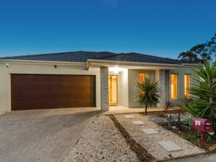 Character, Space, Luxury and Timeless Elegance for Family Enjoyment!! - Wyndham Vale