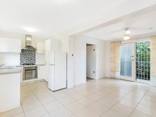STYLISH APARTMENT IN THE HEART OF CLAYFIELD - Clayfield