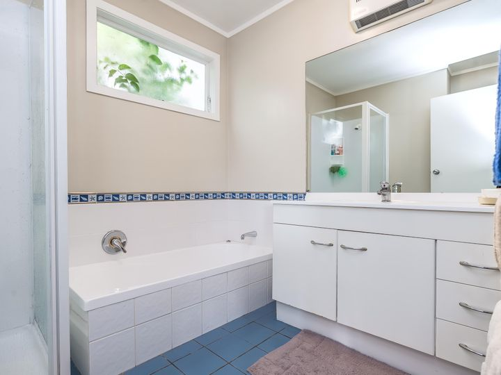 2/28 Stanhope Road, Mount Wellington, Auckland City