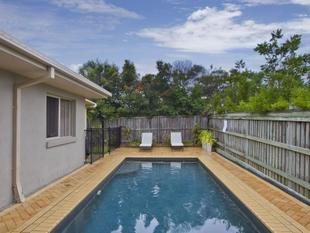 GREAT FAMILY HOME WITH AIR CON & POOL! - North Lakes