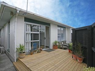 Easy-care investment + good return - Riccarton