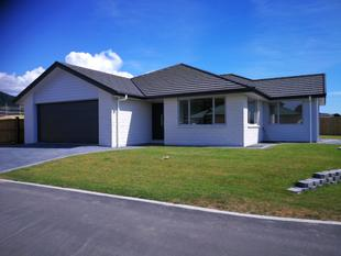 BRAND NEW AND WAITING FOR YOU!! - Waikanae