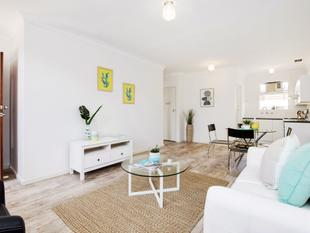 Beautifully Renovated And Ready For Your Enjoyment - Allenby Gardens