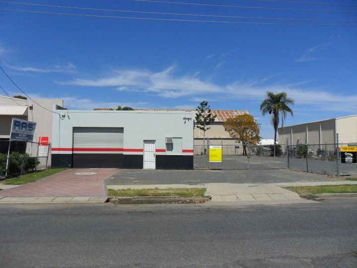 276 - 278 Denison Street, Rockhampton City, QLD