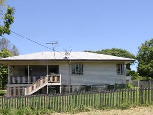 AUCTION - Sturdy 3 Bedroom Home - Close to Main Street - Eidsvold