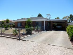 Commanding Easy Care Residence - LARGE Price Reduction - Ardrossan