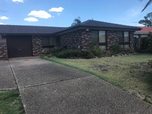 CLOSE TO LOCAL SHOPPING CENTRE !! OPEN HOUSE SATURDAY 16/11/2017 @ 11.00AM - 11.15AM OR  MONDAY 18/12/17@ 4.30 TO 4.45 PM - Cranebrook