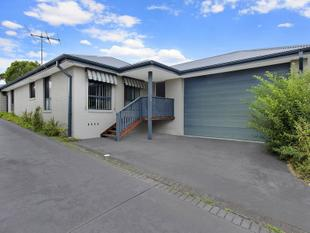 Modern Single Level Home - Killarney Vale
