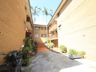 RENOVATED 2 BEDROOM UNIT WITH LOCK UP GARAGE - Lakemba