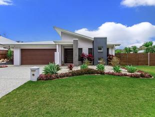 Contemporary Family Residence - Leafy Serenity - Upper Coomera