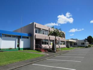 AUCTION - LARGE OFFICE BUILDING - Kaikohe