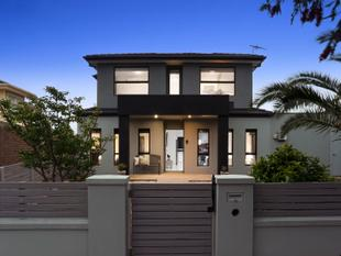Street-facing & in a prime spot, enviable indoor/outdoor vibe - Glenroy