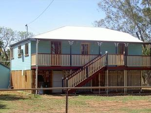 Tidy high set home. - Charleville