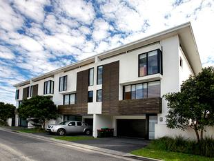 Executive Townhouse - Forster