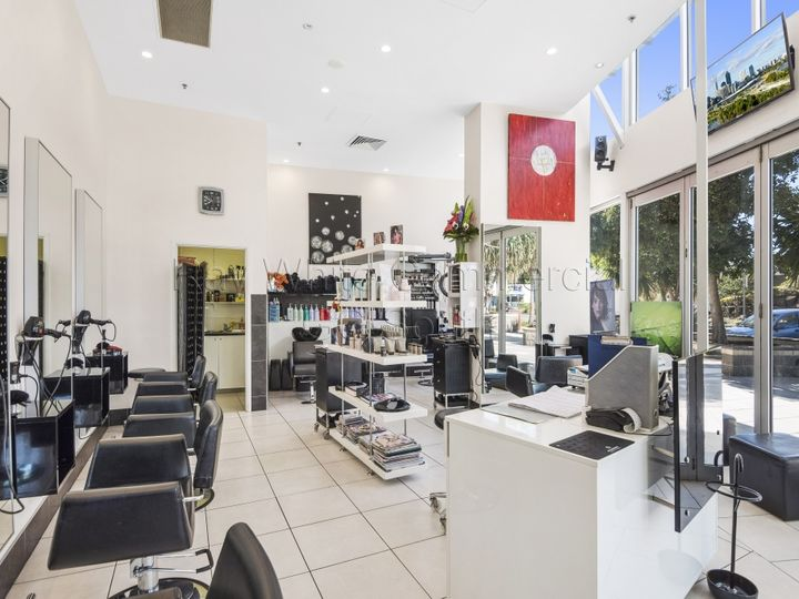 KT's Hair Shop 10 'Reflections' 137-161 Griffith Street, Coolangatta, QLD