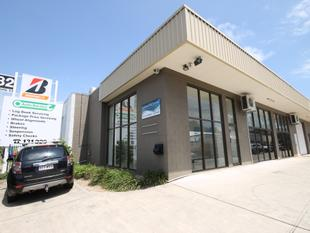 FOR LEASE - 210m2 Office/Showroom & Warehouse Unit - Cleveland