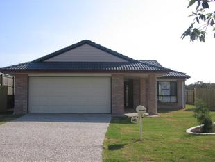 4 BEDROOM HOME IN GREAT STREET - Victoria Point