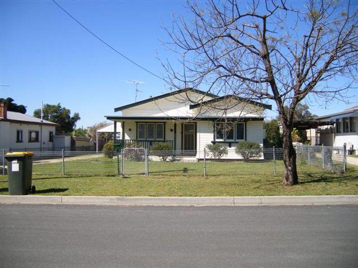 11 Herbert Street, Inverell, NSW
