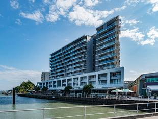 Affordable Luxury At Cairns Harbour Lights - Cairns City