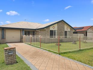 Family Home With Swimming Pool - Point Vernon