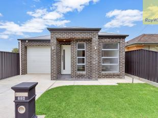 Brand New Stylish, Secure & Sophisticated Executive Home - Hope Valley