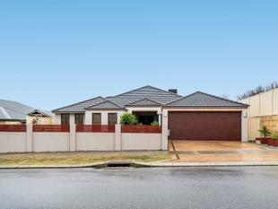 CENTRALLY LOCATED SETTLERS HILLS HOME - Baldivis