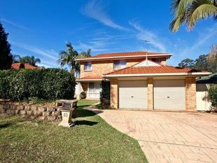 Charming Double Storey Home With Lock Up Garage! Call 0422 807 874! - Prestons