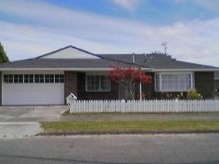 Tidy 3 Bedroom Home With 2 Bathrooms - Awapuni