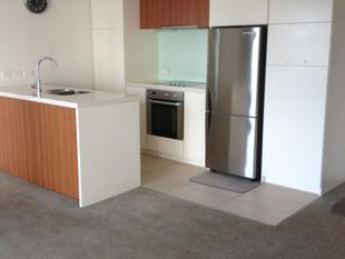 Generous Two Bedroom in the Docks - Auckland Central