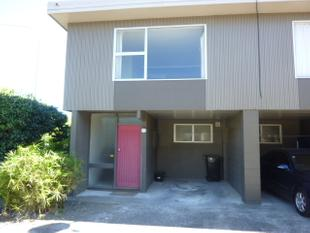 Close To Town! - Palmerston North
