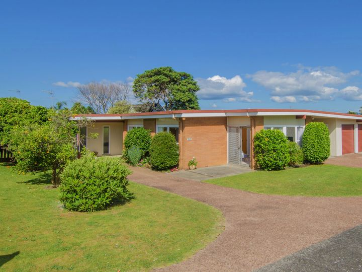 12a Youngs Road, Papakura, Papakura
