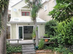 YOUR OWN SLICE OF PARADISE - PONSONBY - Ponsonby