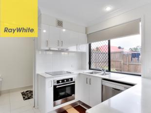 NEAR NEW AND PRISTINE - Boronia Heights