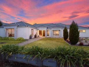 'Stylish Family Entertainer' - $80,000 price drop! Vendor says Sell! - Mount Barker