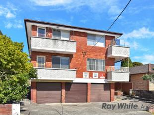 2 Bedroom Unit with LOCK-UP GARAGE !!!!!!!! - Punchbowl