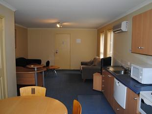 Central Apartment - Furnished & includes utilities! - Warrnambool