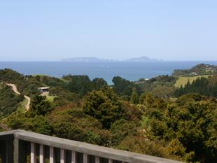 Nature's Hideaway Close to Sandy Bay - Matapouri
