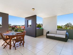 CONVENIENCE WITH A CAPITAL C! - Indooroopilly