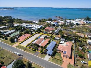 LOCATION, LOCATION, LOCATION! - Redland Bay