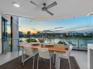 Luxury and Lifestyle on the Brisbane River - West End