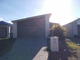 GET IN QUICK THIS FULLY AIR CONDITIONED HOME WONT LAST LONG - Blacks Beach