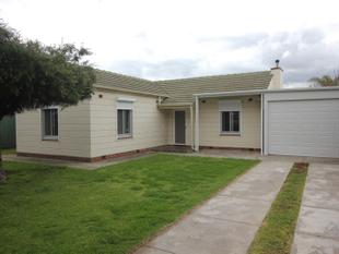 LOW MAINTENANCE HOME ADJACENT TO A RESERVE - Findon