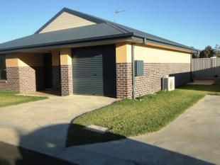 Duplex in West Tamworth - Tamworth