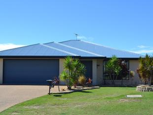FOUR BEDROOM - SHED - FULLY FENCED  Pet friendly - Yeppoon